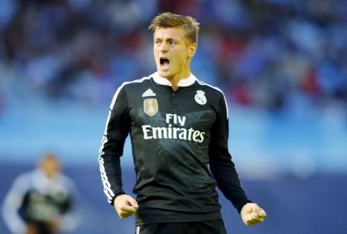Toni Kroos mở màn cho cơn mưa bàn thắng của Real Madrid