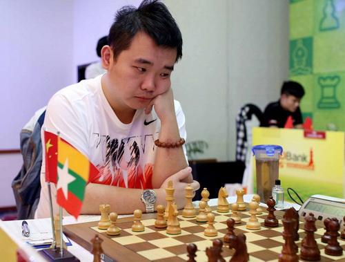 Siêu ĐKT Li Chao chứng tỏ sức mạnh đáng gờm