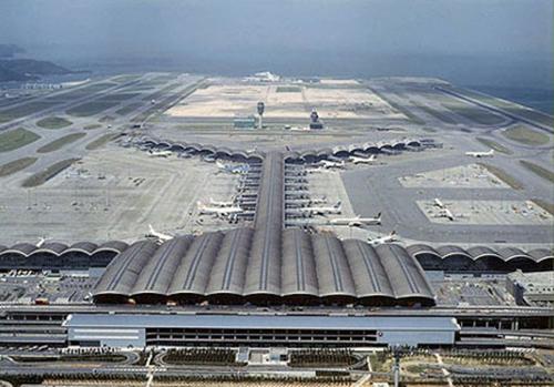 Hình ảnh của sân bay Chek Kap Lok (Hongkong) được ông Trần Đình Bá trích dẫn minh họa cho sân bay Long Thành