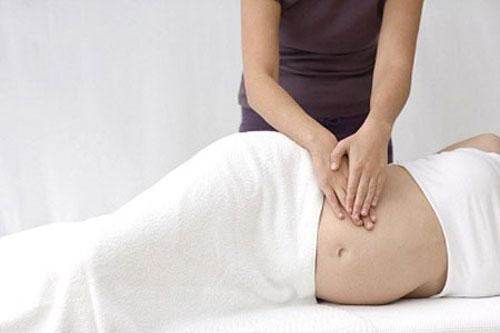 Massage trị liệu giúp cơ được thư giãn và toàn thân bớt căng thẳng