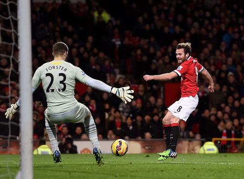 Nỗ lực của Juan Mata không đủ cho cuộc lội ngược dòng của Man United