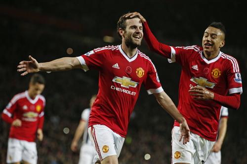 Man United năm giữ hợp đồng tài trợ kỷ lục với Chevrolet