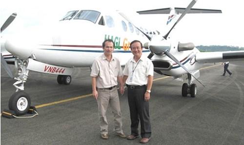 Tổng công ty quản lý bay Việt Nam đang hoàn tất kế hoạch mua lại máy bay cũ King Air 350 của bầu Đức để bay hiệu chỉnh