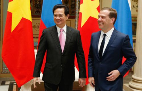 Thủ tướng Nguyễn Tấn Dũng và Thủ tướng Dmitry Medvedev trong cuộc hội đàm ngày 14-5-2013 tại Moscow. Ảnh: Vietnamese.ruvr.ru