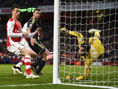 Thủ môn Meijas cứu thua cho Middlesbrough nhiều lần trong trận