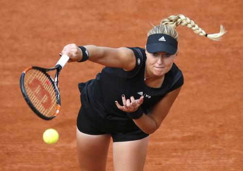 Mladenovic lần thứ tư đánh bại tay vợt trong Top 10 thế giới