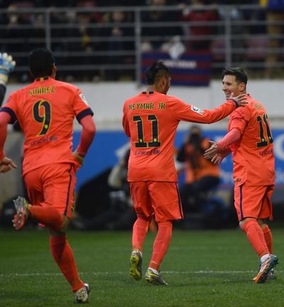 Barcelona thắng giòn giã ở La Liga, chờ chinh phục Champions League