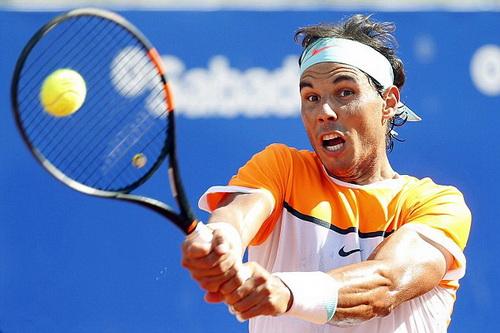 Nadal sa sút quá nhiều, không còn chứng tỏ được sức mạnh trên mặt sân sở trường
