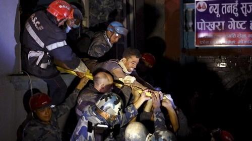Khanal bị gãy chân và không hề có thức ăn, nước uống trong 80 giờ bị chôn vùi. Ảnh: Reuters
