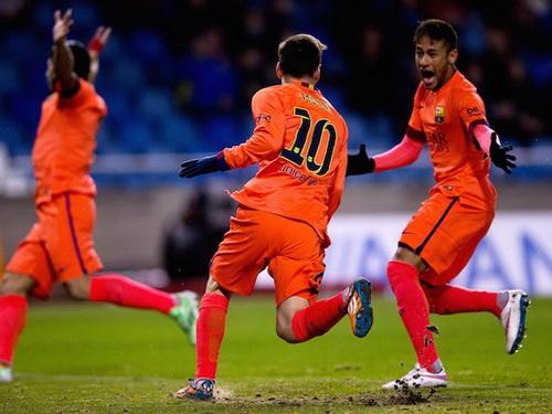 Chiến thắng giúp Barca duy trì cuộc đua với Real Madrid
