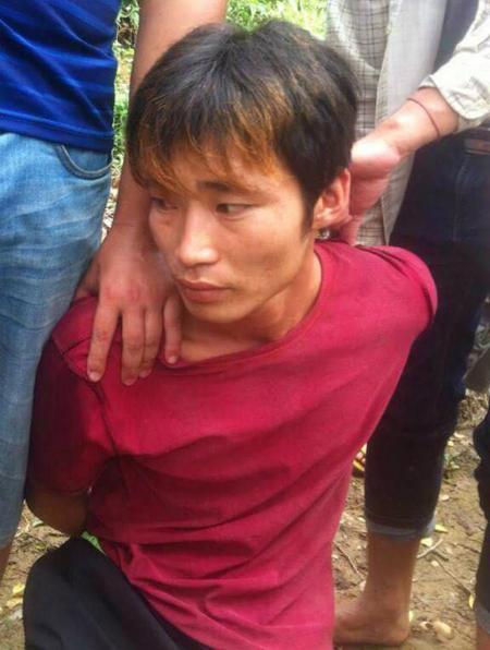 Nghi can Đặng Văn Hùng ngay sau thời điểm bị bắt - Ảnh do Công an huyện Văn Yên cung cấp