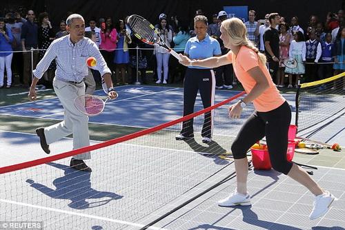 Thi đấu với người đẹp Wozniacki