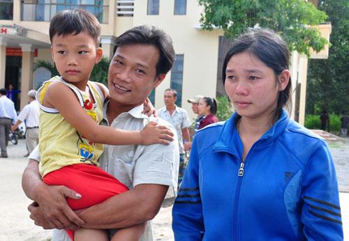 Ngư dân Nguyễn Phú Cầu đoàn tụ cùng gia đình