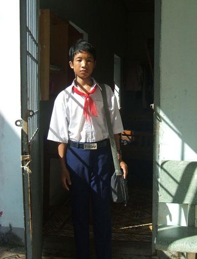 Hào Anh lúc còn đi học ở Trung tâm Bảo trợ xã hội tỉnh Cà Mau Ảnh: DUY NHÂN