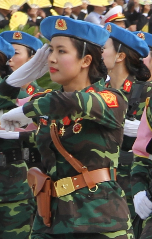 Ngắm những nữ binh xinh đẹp, duyên dáng trong lễ diễu binh 2-9