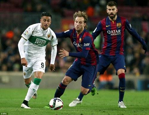 Barcelona thi đấu chặt chẽ với chiều sâu đội hình đẳng cấp trước Elche