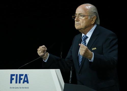 Sepp Blatter khẳng định quyền lực với nhiệm kỳ thứ 5 liên tiếp lãnh đạo FIFA