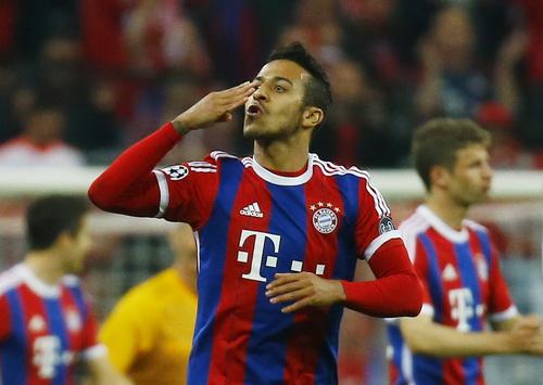 Thiago Alcantara góp công lớn ở bàn mở tỉ số và bàn ấn định kết quả 6-1
