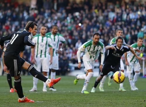 Gareth Bale ghi bàn quyết định cho Real Madrid