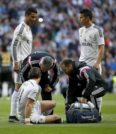 Gareth Bale còn rời sân sớm hơn vì chấn thương bắp chân