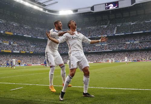 Ronaldo ngỡ đã đưa Real Madrid bay bổng ngay tại Bernabeu