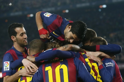 Barca trở lại đường đua