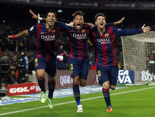 Messi khẳng định không có hiềm khích với HLV, lập công quan trọng trong hai trận thắng trước Elche và Atletico