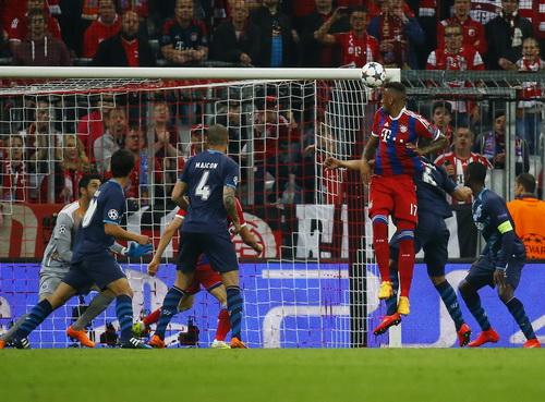 Boateng ghi bàn thứ nhì, đánh gục mọi nỗ lực của Porto