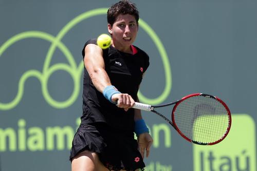 Carla Navarro khởi đầu tốt với hai bàn thắng