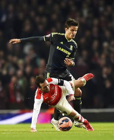Cazorla thi đấu cực hay trong màu áo Arsenal