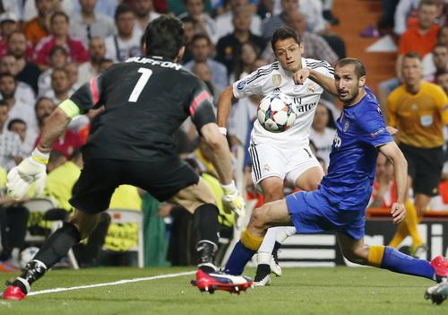 Chicharito chỉ làm nỗi đau Real Madrid thêm tê tái