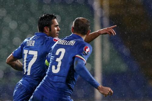 Tân binh Eder (17) ghi bàn cho tuyển Ý trước Bulgaria hôm 28-3