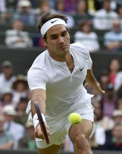 Tay vợt không tuổi Federer quá mạnh mẽ so với các đối thủ trẻ