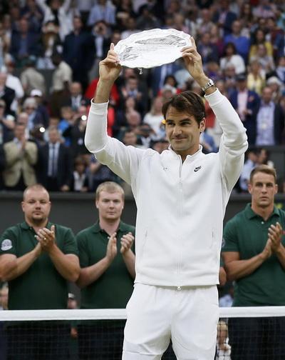 Không Grand Slam thứ 18, Federer vẫn là tay vợt vĩ đại của thế giới