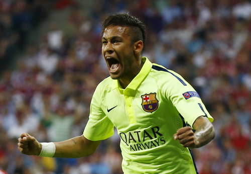 Neymar ghi cú đúp tại Allianz Arena