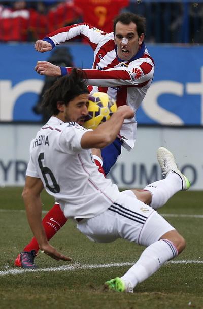 Diego Godin đóng vai trò quan trọng ở hàng thủ Atletico Madrid