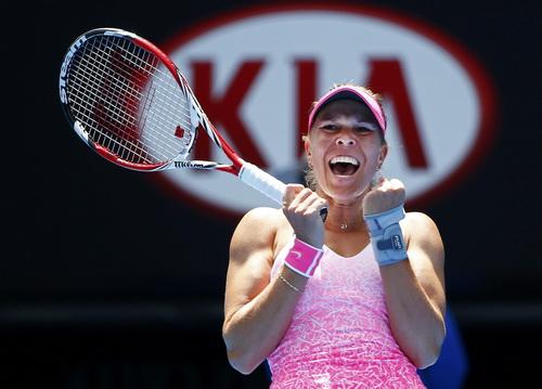 Hradecka và niềm vui chiến thắng trước ứng viên Ivanovic