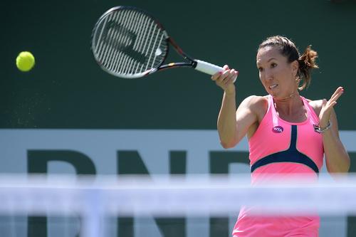 Jelena Jankovic nhẹ bước vào bán kết
