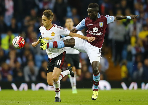 Adnan Januzaj ghi bàn khi M.U tiếp Aston Villa