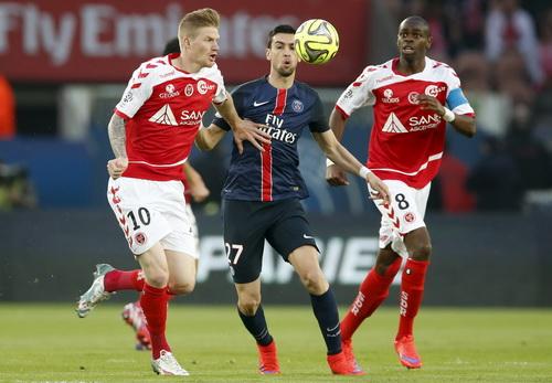 Javier Pastore (giữa) - động lực của PSG