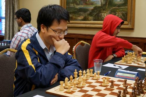 Thi đấu sa sút, Lê Quang Liêm mất danh hiệu siêu đại kiện tướng - Ảnh 1.