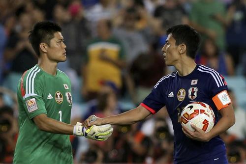 Tuyển Nhật Bản của Hasebe và thủ môn Kawashima bị loại sớm