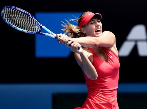 Sharapova giành quyền vào vòng 4 sau trận chiến hấp dẫn với Azarenka