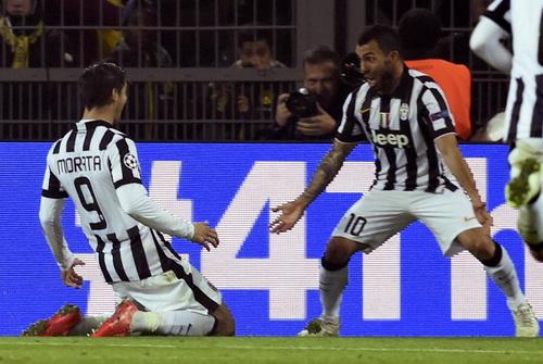 Morata và Tevez, tác giả ba bàn thắng cho Juventus