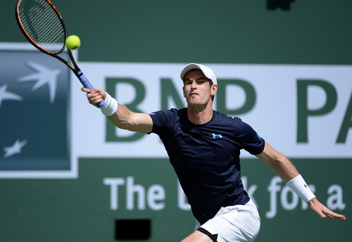 Andy Murray vượt qua Philipp Kohlshreiber