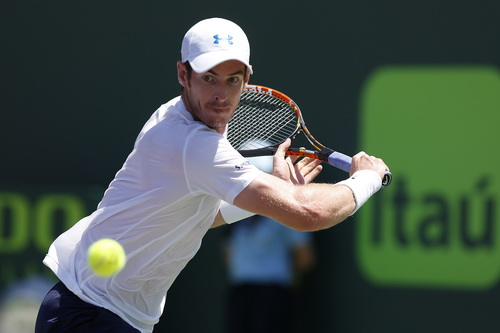 Murray gây rất nhiều khó khăn cho Djokovic cả trận
