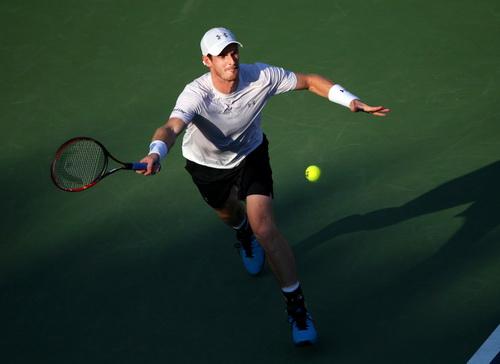 Murray có chiến thắng sau hơn hai năm trước Djokovic