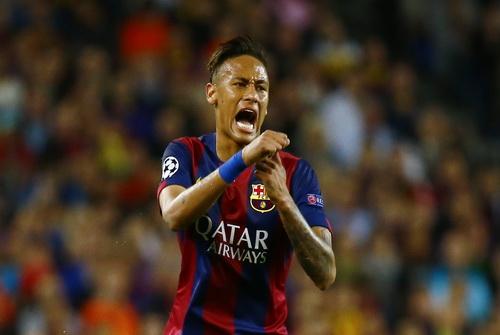 Neymar hạnh phúc với bàn thắng quyết định phút bù giờ