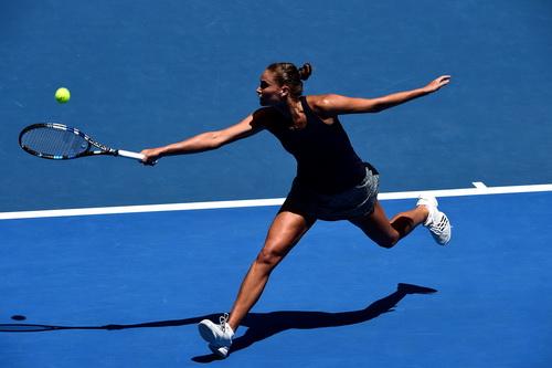 Panova gây rất nhiều khó khăn cho đồng hương Sharapova