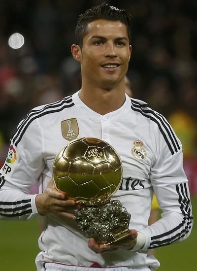 Ronaldo tự hào với Quả bóng vàng trước giờ bóng lăn tại Bernabeu
